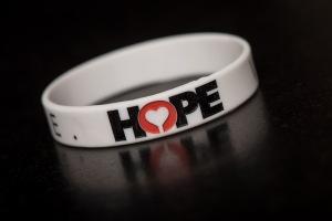 HOPE WRISTBAND 2,50€
